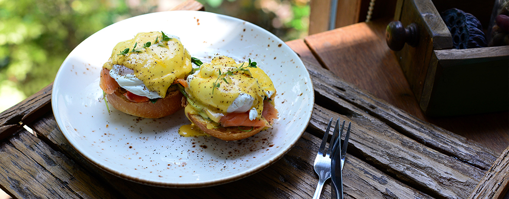 Lightened Up Eggs Benedict